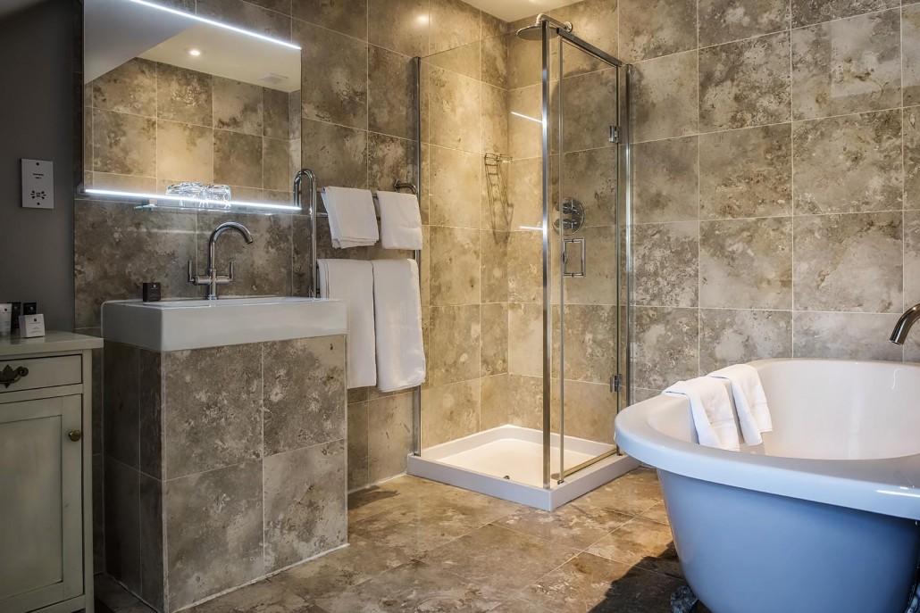 Country Room Bath